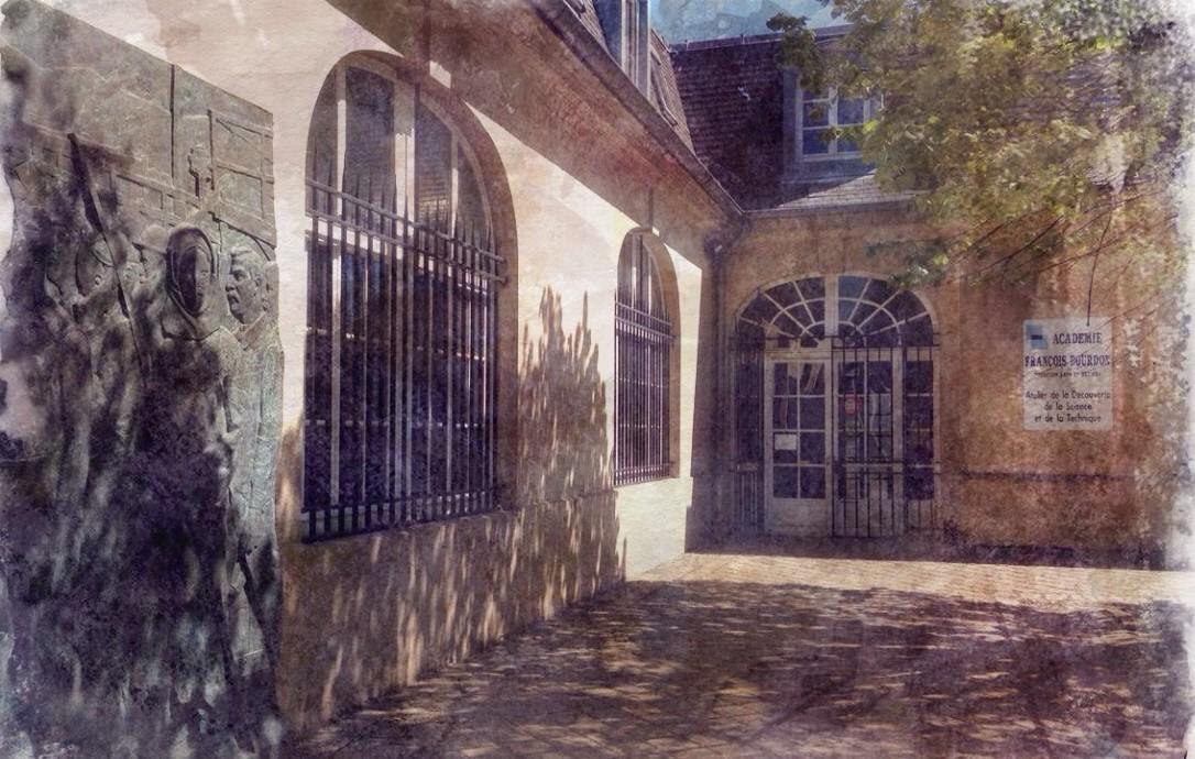 Entrée Académie François Bourdon